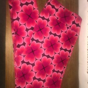 LuLaRoe Tall & Curvy Heart leggings
